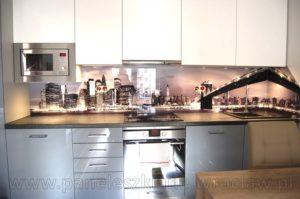 Szkło w kuchni z grafiką