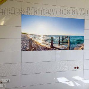 Panel na ścianie w łazience