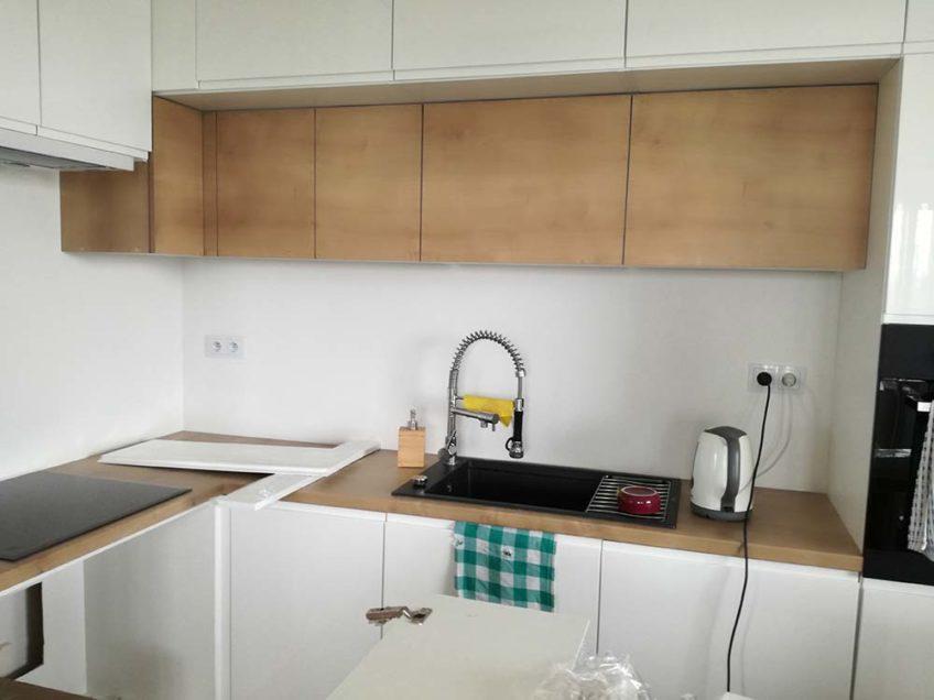 Montaż Paneli Szklanych Panele Szklane Do Kuchni I łazienki