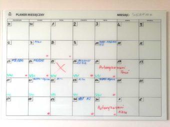 Planer miesięczny – tablica szklana magnetyczna